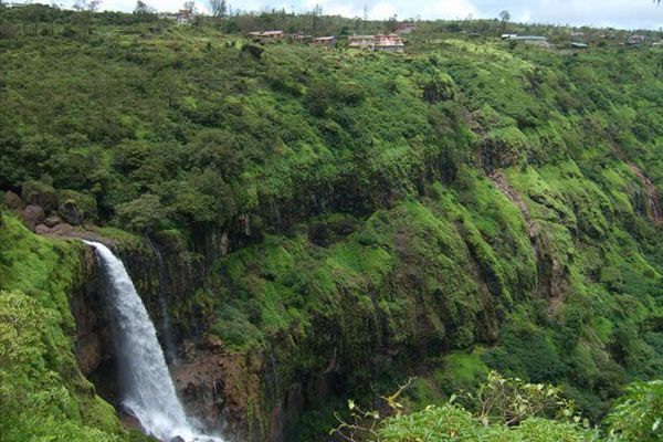 How to Reach Panchgani from Mumbai by Train, Road, Car, Bus