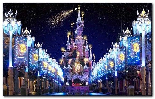 6 best christmas destinations in usa for celebration for Best places in usa to visit for christmas