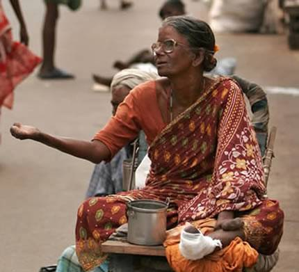 How to Deal with Beggars in India [Best Tips & Guide]