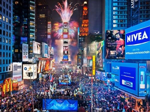 Image result for new york ball dropping 2017
