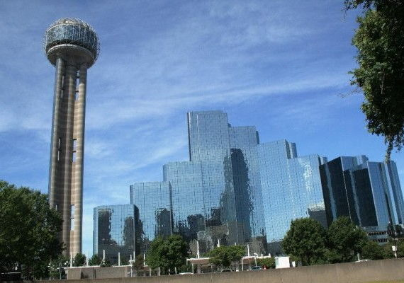 Dallas New Years Eve 2020: Best Places to Stay, Hotel Packages, and Celebrate New Year