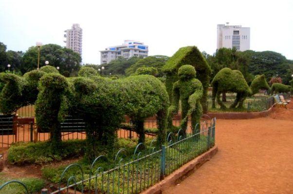 Hanging Gardens, Malabar Hill - Mumbai