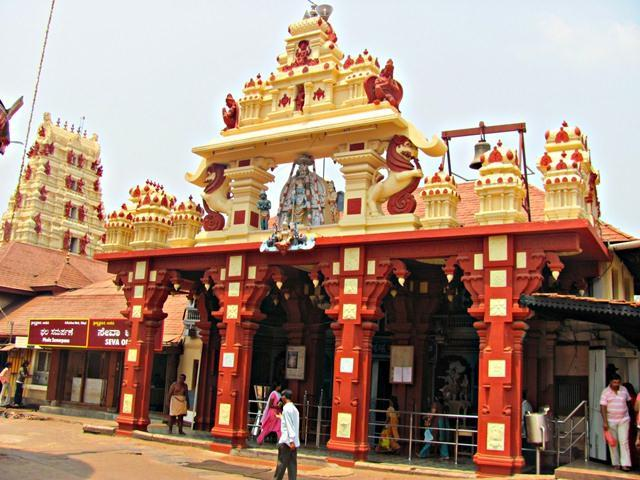 Udupi_Sri_Krishna_Matha_Temple