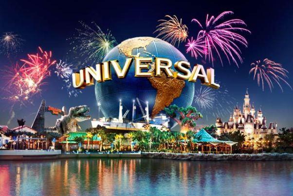 Universal Studios Singapore New Year's Eve Fireworks