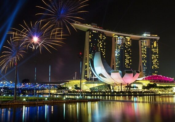 9 World's Best Hotels for New Years Eve 2020 Celebrations, Fireworks, Parties and Events