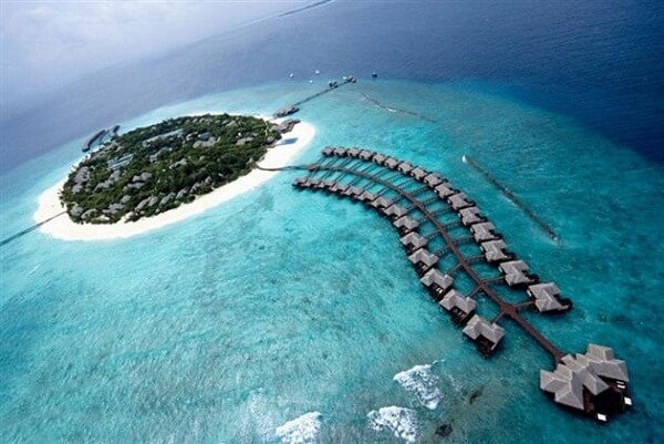 5 Best Luxury Honeymoon Resorts in the Maldives For Great Couples