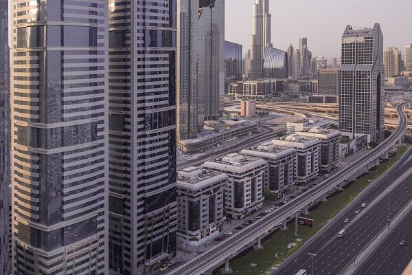 Emirates Grand Hotel, Sheikh Zayed Road