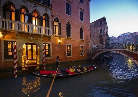 Venice Carnival 2019 Best Luxury and Budget Hotels For Best Experience