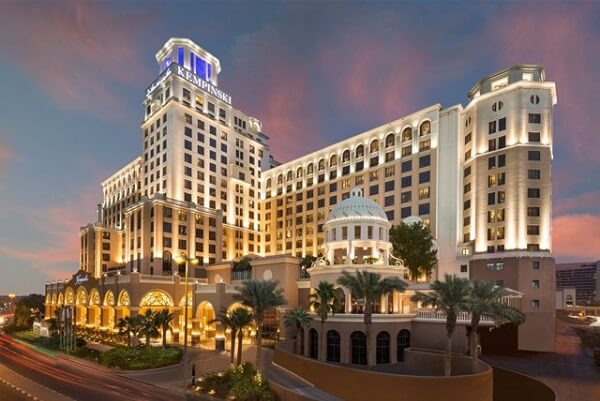 5 best luxury hotels to stay for dubai shopping festival 2018 for Best hotels dubai downtown