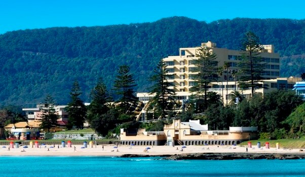 Novotel Wollongong Northbeach, Cliff Road