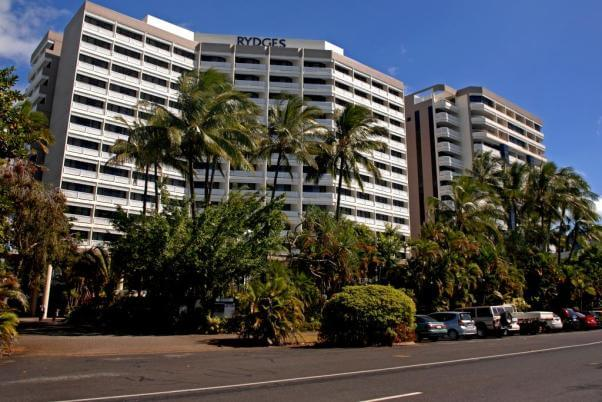 Rydges Esplanade Resort Cairns, Cnr Kerwin Street