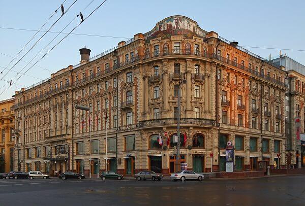 National Hotel, Mokhovaya Street