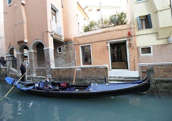 5 Best Hotels Near Venice Carnival, Hotels in Venice Near Venetian Carnival