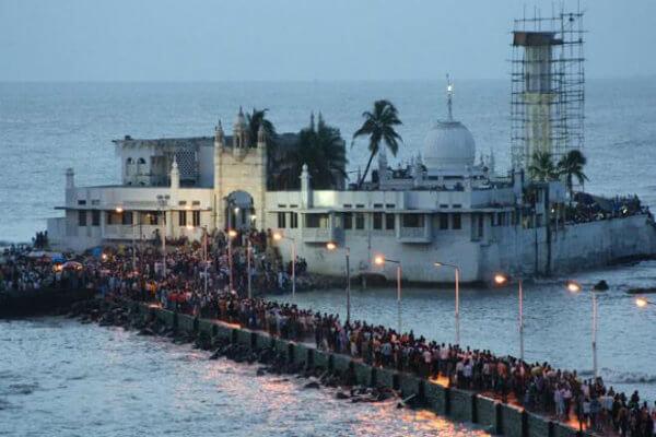 How to Reach Haji Ali Dargah Mumbai By Car, Bus, Train [Tour