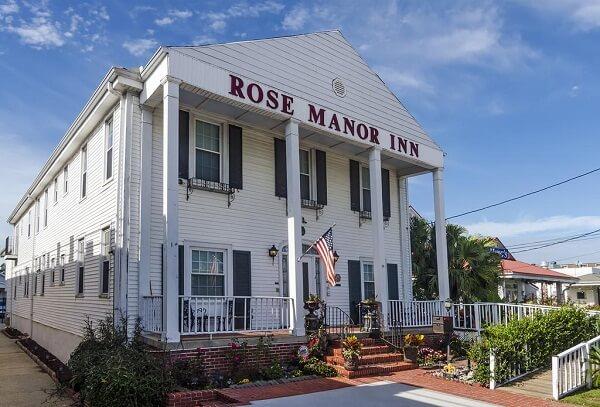 Rose Manor Bed & Breakfast Inn