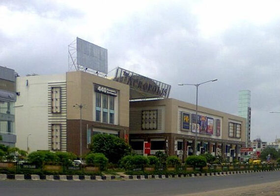 6 Best Shopping Malls in Ahmedabad for Amazing Shopping Experience [Latest List]