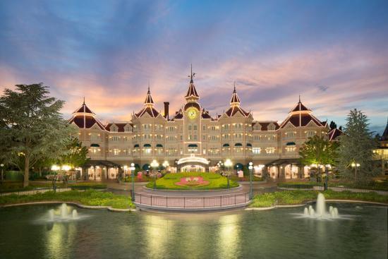 5 Best Hotels Near Paris Disneyland For New Years Eve 2019 ...