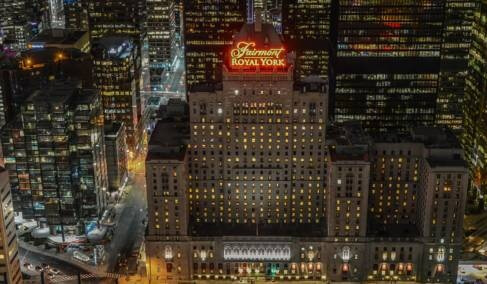 Nightview of Fairmont Royal York Toronto