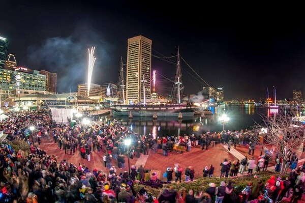 New Year's Eve Fireworks @ Inner Harbour, Baltimore
