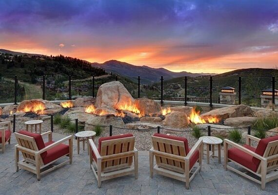 St Regis Deer Valley New Years Eve 2020 Hotel Packages, Best Place to Celebrate, Fireworks, Party and Event