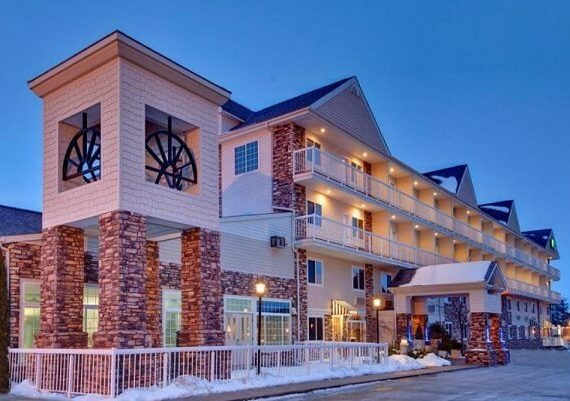 Mackinaw City New Years Eve 2020 Hotel Deals, Packages, Best Places to Stay, and More