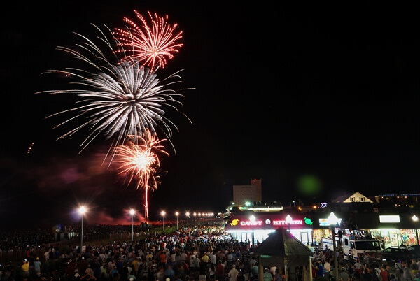 Orlando New Years Eve 2019: Hotel Packages, Deals, Celebration Places