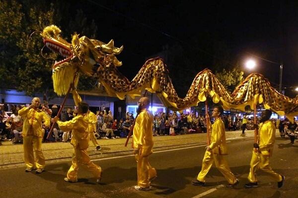 Bendigo Easter Festival Procession