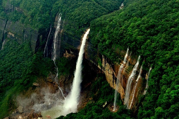 Nohkalikai Waterfalls, East Khasi Hills, Meghalaya