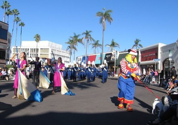 La Jolla Christmas Parade 2019: Tickets Prices, Road Closure Info, Route Map