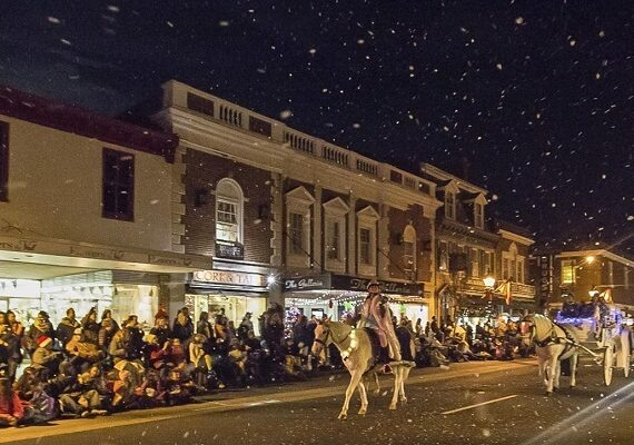 Fredericksburg Virginia Christmas Parade 2019: Ticket Prices, Route Map, Road Closure