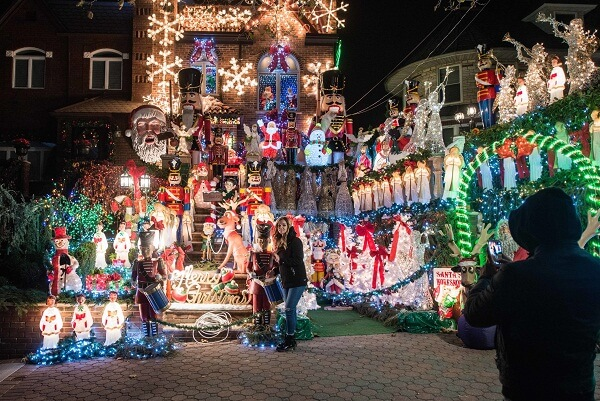 New York Dyker Heights Christmas Magic