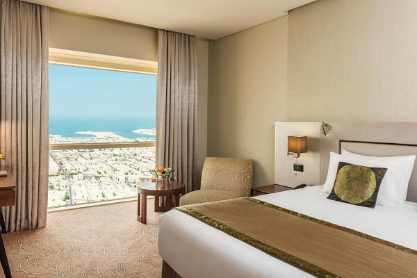 City View Room @ Millennium Plaza Hotel Dubai