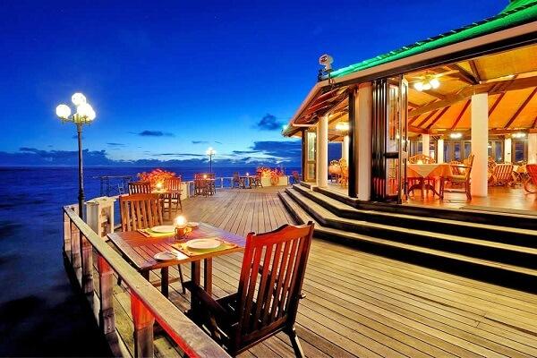 Restaurant at Sun Island Resort Maldives