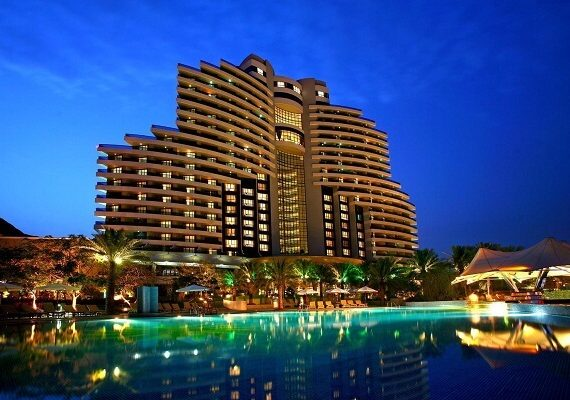 Le Royal Meridien Beach Resort & Spa Dubai New Years Eve 2020: Welcome New Year with Party