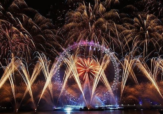 London New Years Eve 2020 Fireworks: 5 Best Places to Watch NYE Fireworks in London