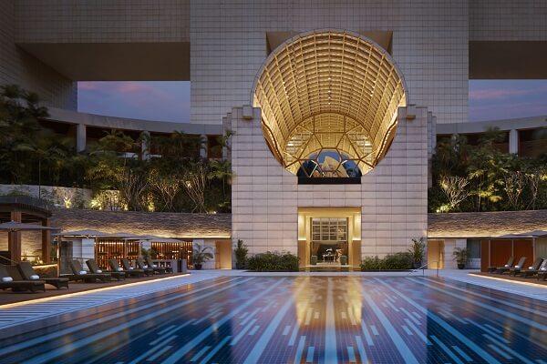 Swimming Pool at The Ritz-Carlton Millenia Singapore