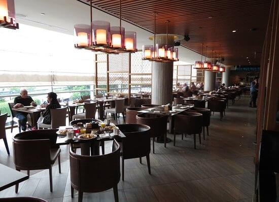Edge Restaurant at Pan Pacific Singapore