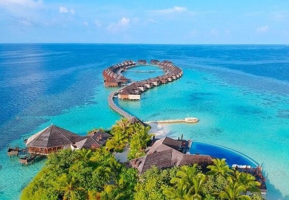 Lily Beach Resort and Spa at Huvahendhoo New Years Eve 2020: Party, Gala Dinner and More