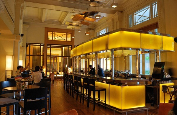 Post Bar at The Fullerton Hotel Singapore