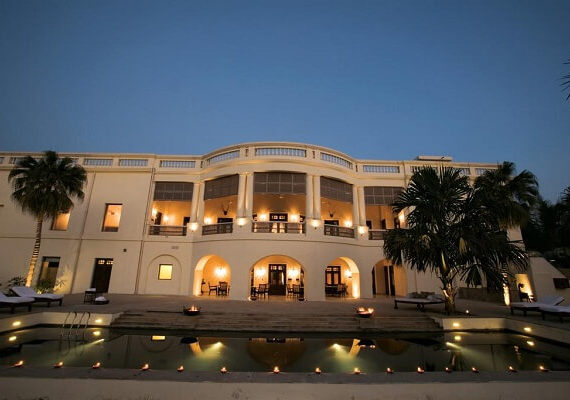 Get Royal Treatment at These 6 Best Heritage Hotels in Varanasi