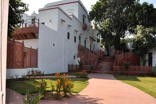 Chandra Mahal Haveli