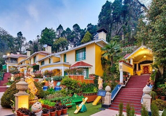 Heritage Hotels in Darjeeling: These are the most popular royal palaces and fort hotels