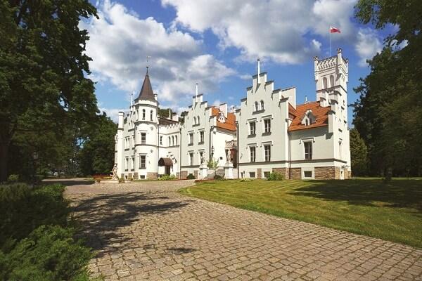 Sulisław Palace, Poland