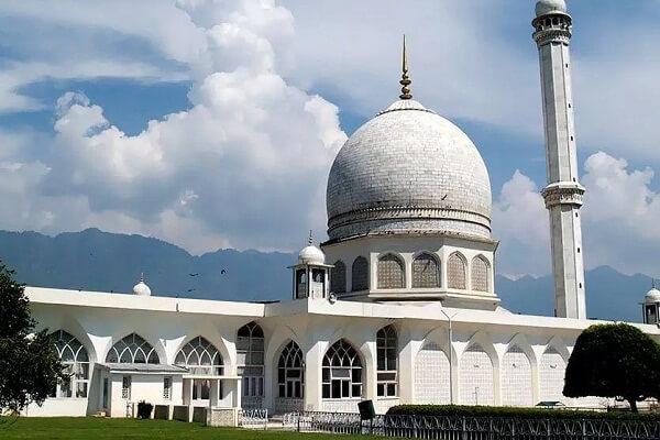 Hazratbal Mosque, Srinagar.